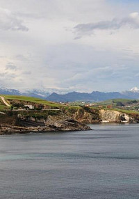 Route 1: Comillas's coastal spots and monuments
